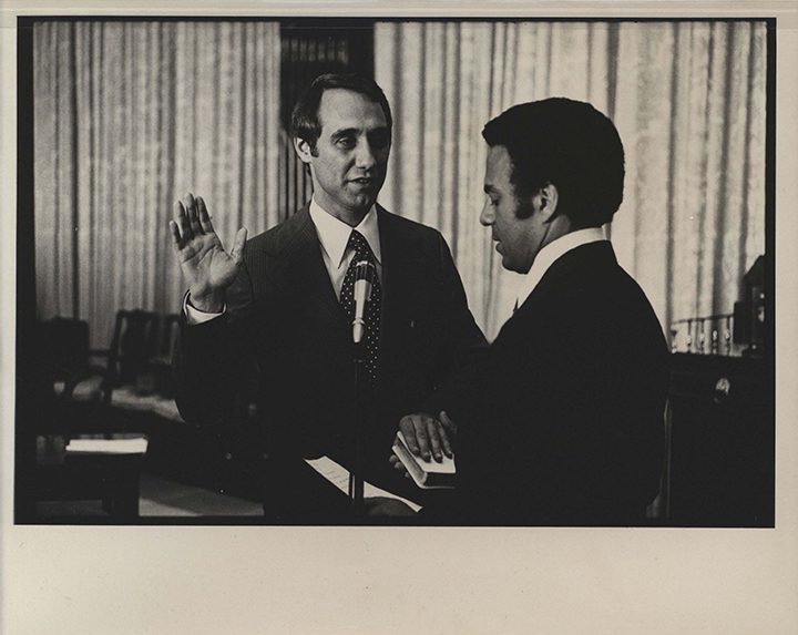 Mezvinsky being sworn in